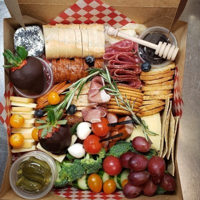 10 Best Charcuterie Boards & Picnic Grazing Boxes Delivery to Durham Region